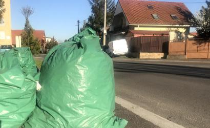 A hulladékszállítás napján helyezzék ki a zsákokat