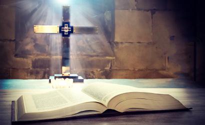 Szentmise közvetítés NEK-ed nagycsütörtökön