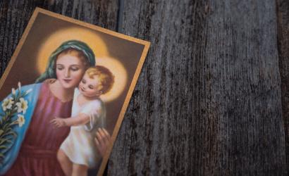 Ferenc pápa: az emberiség sorsának egy jászolban született gyermek szabott irányt