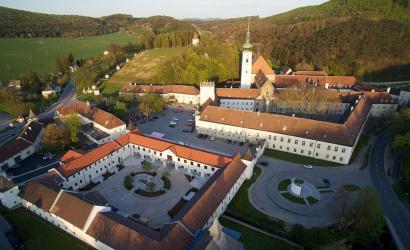 Ministráns zarándoklat Heiligenkreuzba