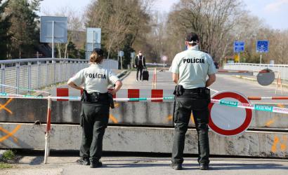 Ma éjféltől nyitva a cseh–szlovák határ