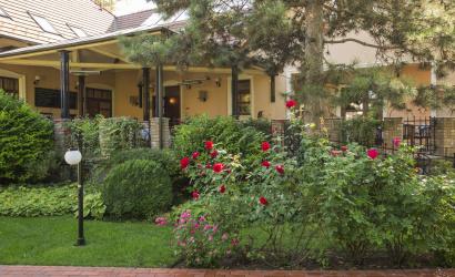 Hamarosan a Villa Rosa teraszán