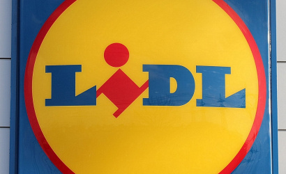 A Tesco és a Lidl üzletláncok módosítják nyitva tartásukat