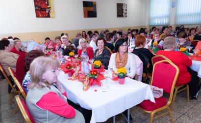 A hölgyek ünnepét ülték Sikabonyban