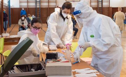Két koronavírusos lakost találtak a városi tesztelésen