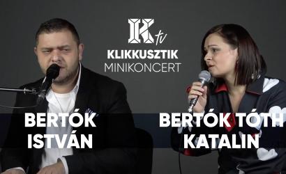 Akusztikus minikoncert Bertók Istvánnal és Bertók Tóth Katalinnal