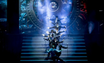Pénteken este jön a Tesla c. musical!