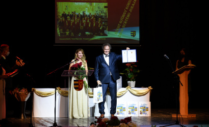 Polgármesteri díjban részesült a 20 éves Szent György Kórus