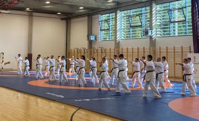 Sikeres mestervizsgák tettek a Seishin karate Klub edzői
