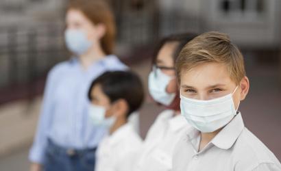 Külön vakcina a gyerekeknek – már tesztelik