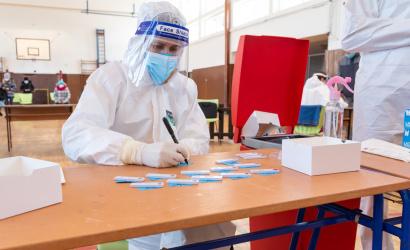 Mérsékelten romlik a járványhelyzet Szlovákiában