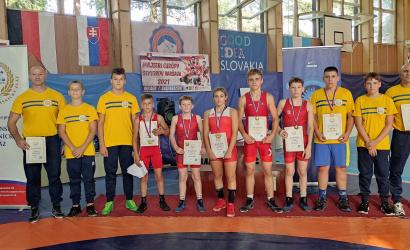 Öt bajnoki cím a serdülő szabadfogású birkózó szlovák bajnokságról!