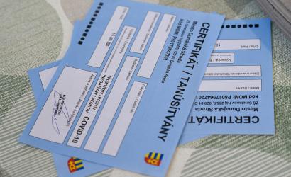 Az oltatlanok fizethetnek a tesztekért – a koalíció szimbolikus árakban egyezett meg