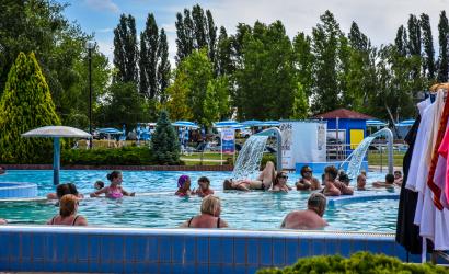 Nagy tervek elé néz a fürdő – nyárnyitó a Thermálparkban