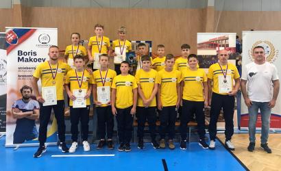 Hat dunaszerdahelyi érem a diák szabadfogású birkózó szlovák bajnokságról
