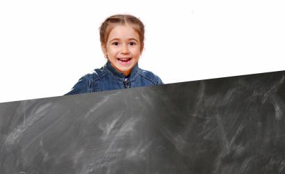 Lehet könnyebb az iskolatáska!? Online előadással vár mindenkit az SZMPSZ