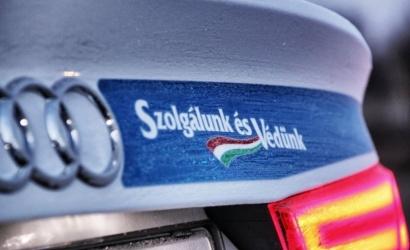Hétfőtől fokozottan ellenőrzik a teherautókat és az autóbuszokat Magyarországon