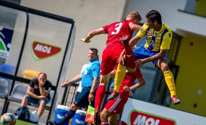 Ismét Dunaszerdahelyen csapnak össze a régió ifjú futballistái