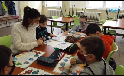Embedded thumbnail for Több negatív hatása is van az online oktatásnak
