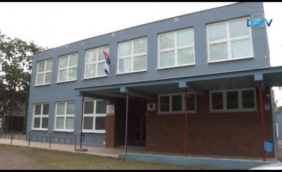 Embedded thumbnail for Elkerülhetetlen a két dunaszerdahelyi szakközépiskola összevonása
