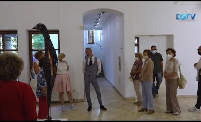Embedded thumbnail for Nyolc hónap után ismét kiállítás a galériában
