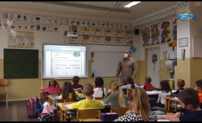 Embedded thumbnail for A gyerekek városunkban is visszatértek az óvodába és az iskolába