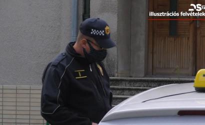 Embedded thumbnail for A dunaszerdahelyi taxisokat ellenőrizték a hivatalos szervek