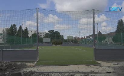 Embedded thumbnail for Megújuló sportpályák és épülő tornatermek a megyei középiskolákban