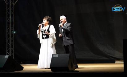 Embedded thumbnail for Ismert nóta-, operett- és musicalslágerek szórakoztatták a közönséget