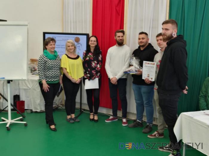 Anyanyelv-használati versenyen vettek részt a szakközépiskolások