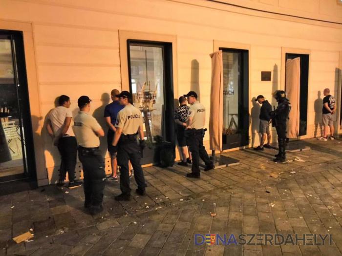 Krakkói szurkolók is összecsaptak Pozsonyban
