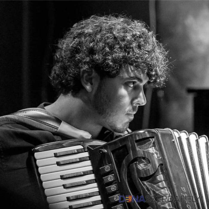 Antonino De Luca jazzharmonikás és Bogdan Laketics harmonikaművész bemutatkozásával indul a 28. Nemzetközi Frank Marocco Harmonika Fesztivál
