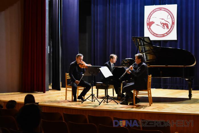 A Hugo Kauder Trio koncertezett városunkban