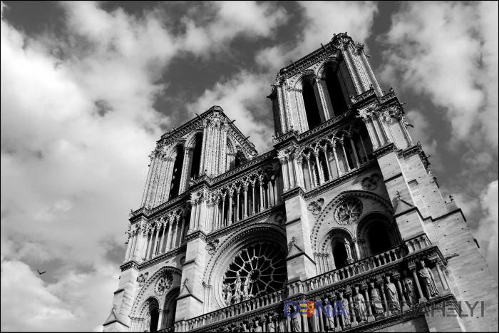 A katolikus anyaszentegyház nem nézné tétlenül a Notre-Dame felújítását