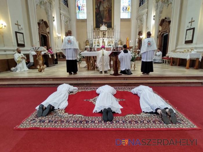 Papi áthelyezések a Nagyszombati Egyházmegyében