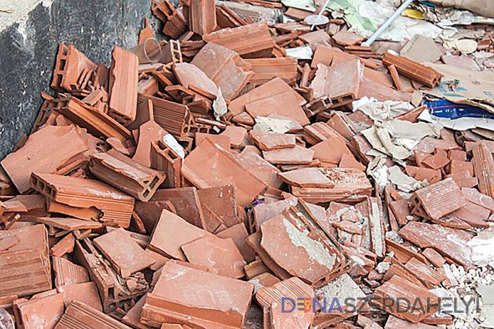 A város ingyen elszállítja a kisebb építkezési hulladékot