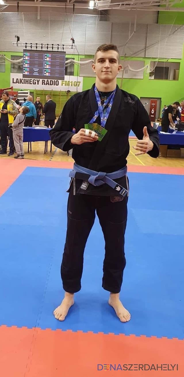 Egyedülálló elismerésben részesült a Középfokú Sportiskola diákja