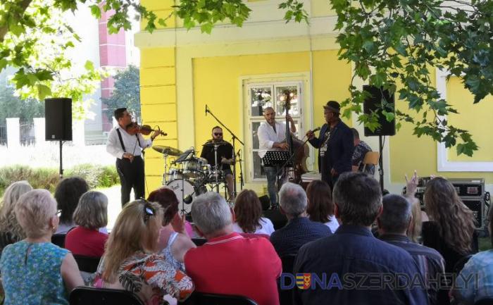 Swing zene és tánc Dunaszerdahelyen