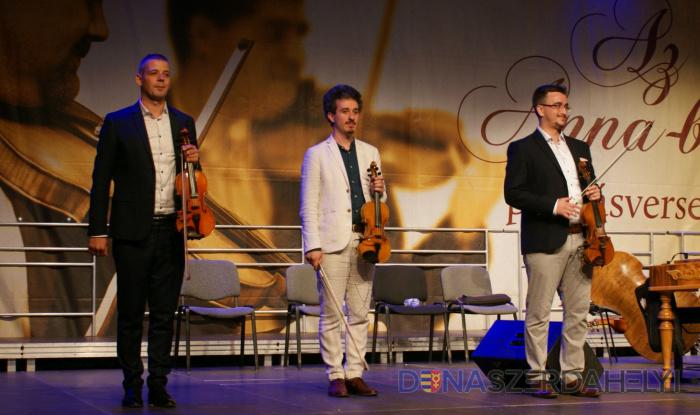 A pozsonyi Ifjú Szivek Táncszínház zenekarának prímása nyerte a Balatonfüredi versenyt