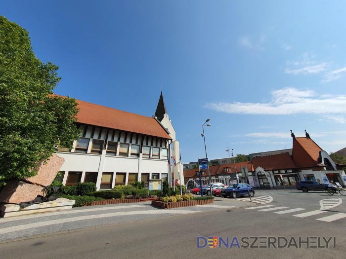 Júniustól változik az ügyfélfogadás ideje a Dunaszerdahelyi Városi Hivatalban