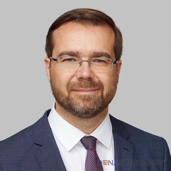 Krajčí megjutalmazná azokat az orvosokat, akik dolgoztak a járvány idején
