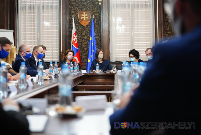A kultúra és a környezetvédelem támogatásáról tárgyaltak