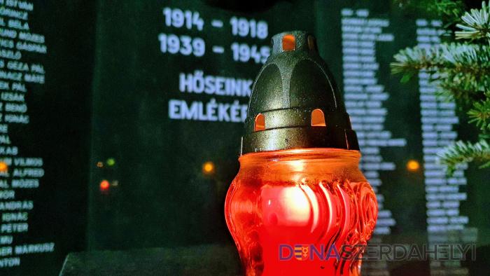 A hazájukért harcoló hősökre emlékeztek