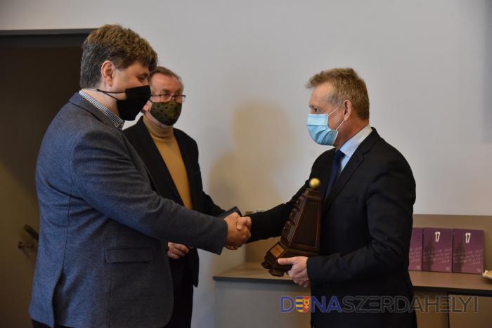 Kovács Attila iszlámkutató kapta a Vámbéry-díjat