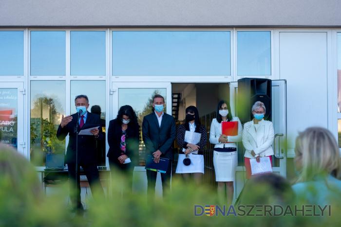 Szabályokkal az egészségünkért - Elindult a tanév a Szabó Gyula Alapiskolában