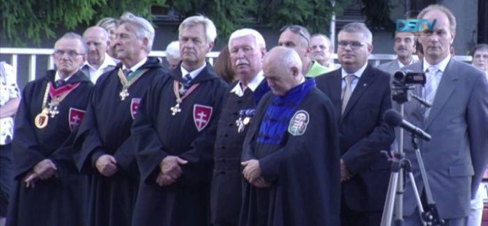 Embedded thumbnail for Szent István-napi ünnep Dunaszerdahelyen