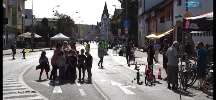 Embedded thumbnail for Egy nap autók nélkül Dunaszerdahely Fő utcáján