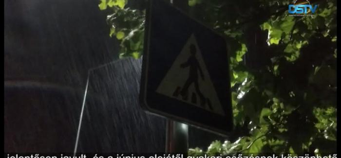 Embedded thumbnail for A nagy szárazság után sok eső áztatja a Csallóközt