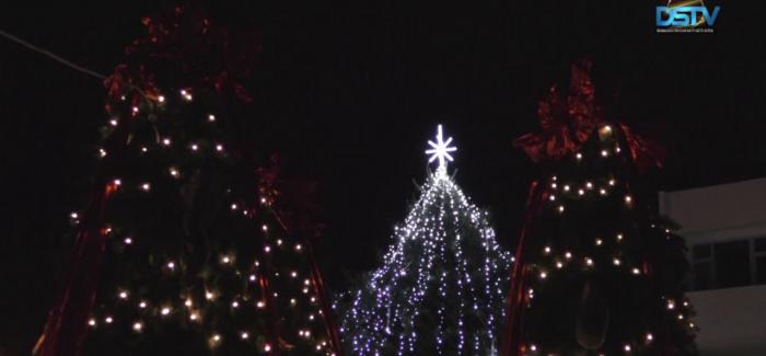 Embedded thumbnail for Igazi ünnepi hangulat várja a karácsonyi vásár látogatóit
