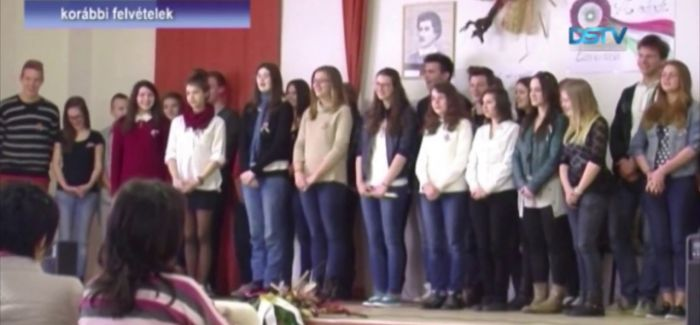 Embedded thumbnail for A program célja a magyar identitás megerősítése